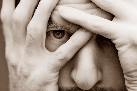 4 Ways Negative Thoughts Are Holding You Back